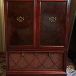 Vintage tv cabinet, makes an excellent bar