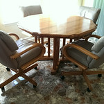 Clean retro dinette set, circa 1980.  Your college student needs this!