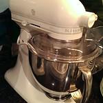 Super clean KitchenAid Artisan 325 watt mixer with pasta attachment and splash guard