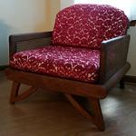 Cool retro chair!