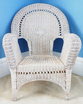 Antique wicker chair, large.