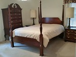 Stanley Queen four poster bed (Shown without the included extension posts