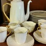 Shelly coffee/tea service