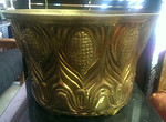 Large brass Mottahedeh planter from Neumann Marcus