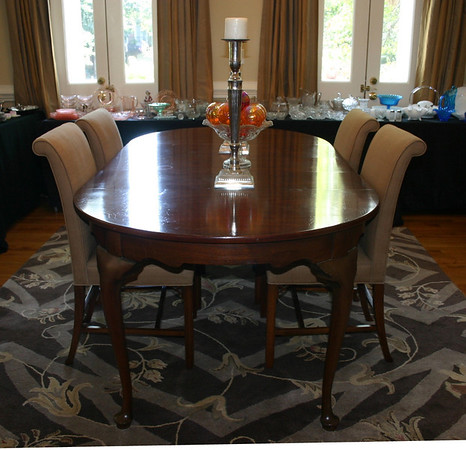 Charleston Estate Sale Total Sales Queen Anne Dining Table